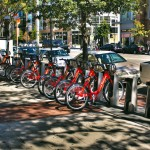 THE CAPITAL BIKESHARE PROGRAM IN DC IS A PRECEDENT FOR CHICAGO'S LARGER INITIATIVE. (ANDREW BOSSI / FLICKR)